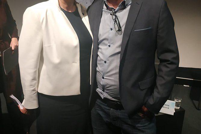 Jakub byl na veřejné diskuzi s evropskou komisařkou pro dopravu Violetou Bulc
