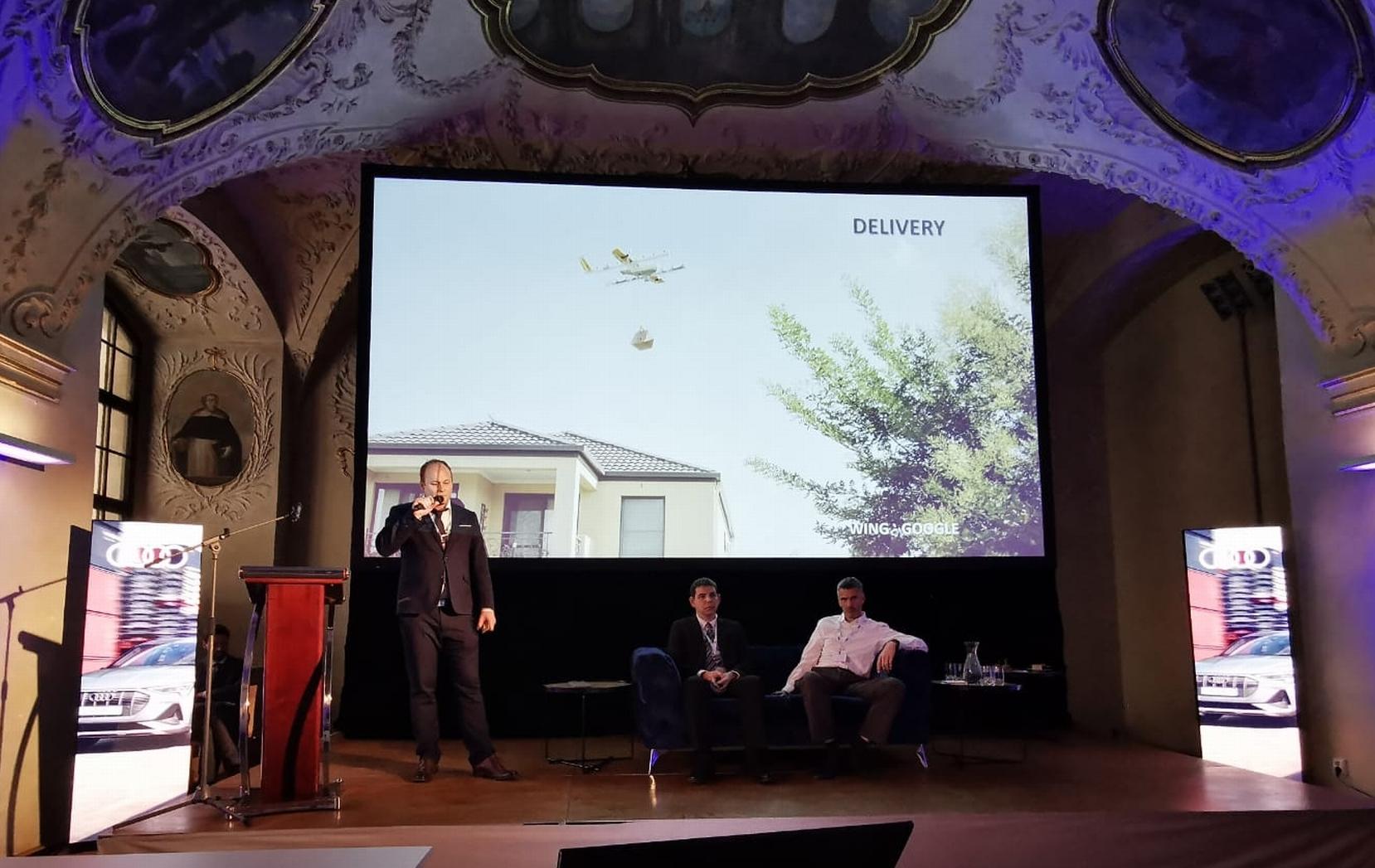 Jakub byl expertním moderátorem a měl prezentaci na mezinárodní konferenci Innovation in Aviation 2020 v Praze