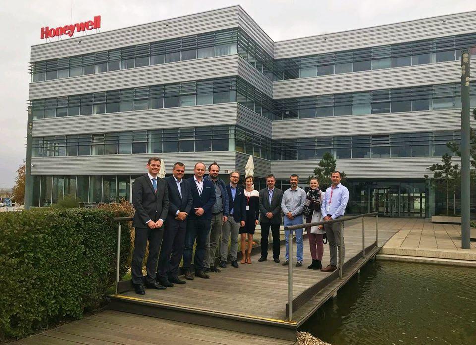 Měli jsme jednání v Honeywell Aerospace s řediteli ŘLP, ÚCL a zástupci ČEZ a AirMap k U-Space