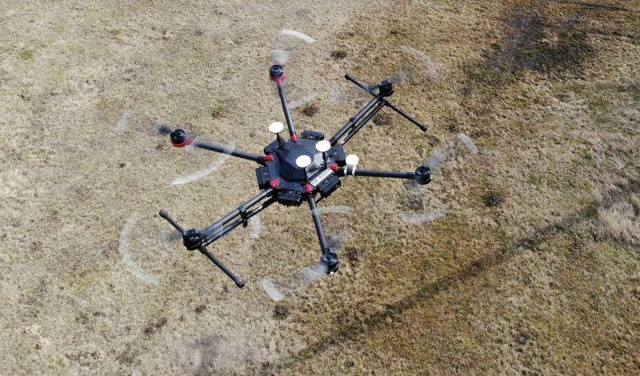 Měřili jsme sílu signálu LTE v určitých výškách pomocí dronů