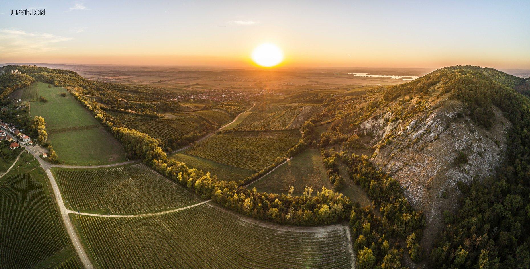 Naše letecké fotky jako inspirace kam na kolo v kampani CzechTourism